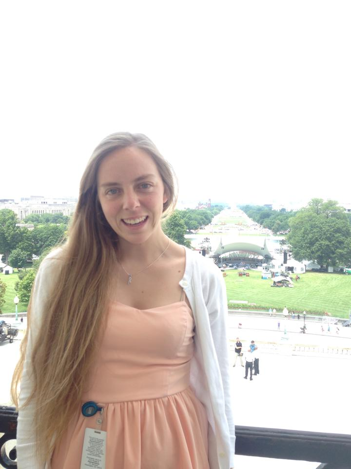 Alexis at the White House in D.C. (image source: Alexis Kallen)